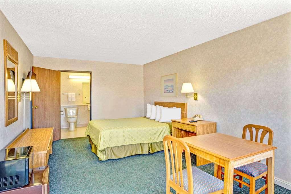 Gallery image of Days Inn by Wyndham Carson City