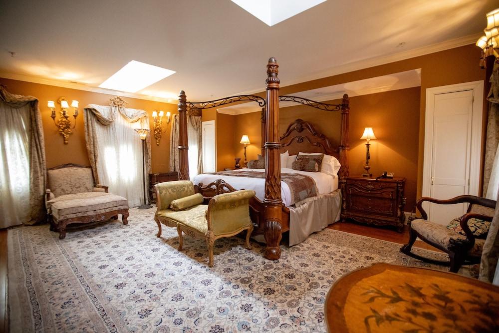 1840S Carrollton Inn