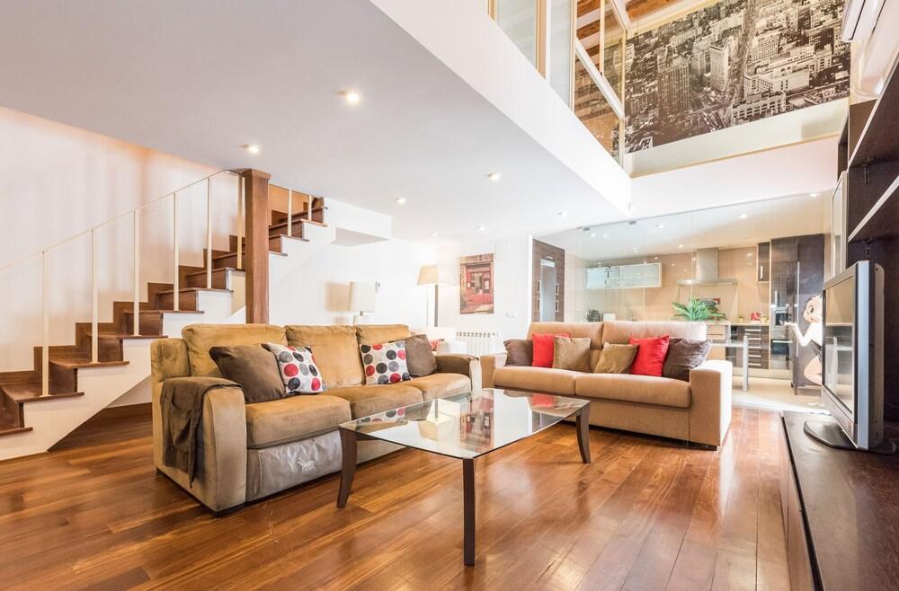 Duplex 2 Dormitorios en Malasaña