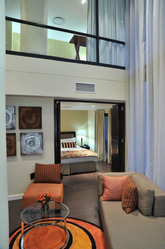 Gallery image of Protea Hotel Fire & Ice by Marriott Durban Umhlanga Ridge