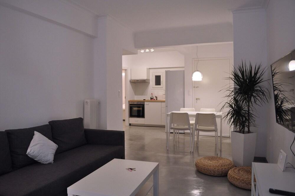 Olala One Apartment