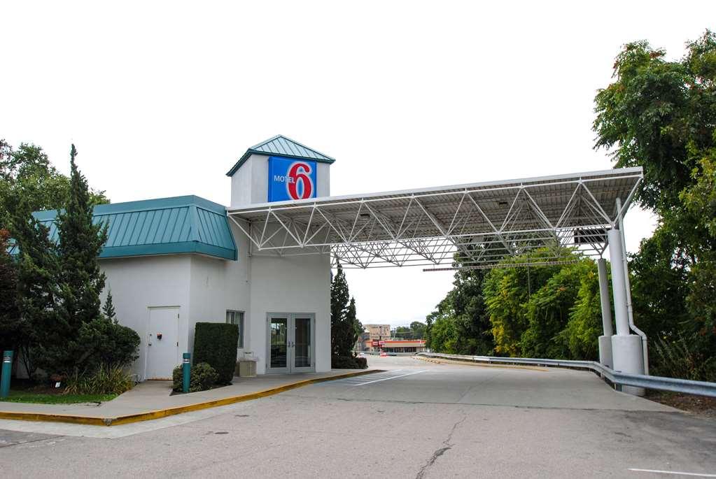 Motel 6 Warwick Ri Providence Airport I 95