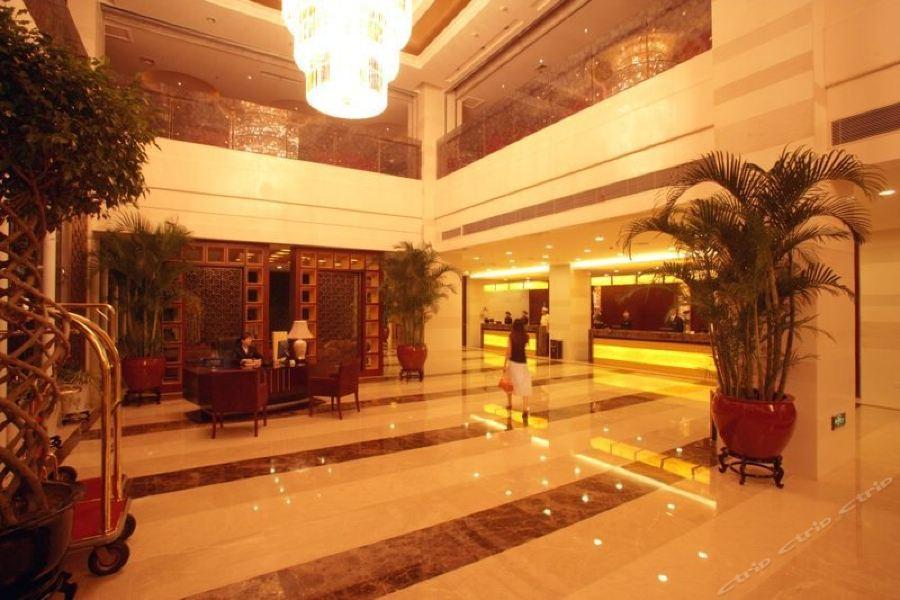 Felman Platinum Hotel