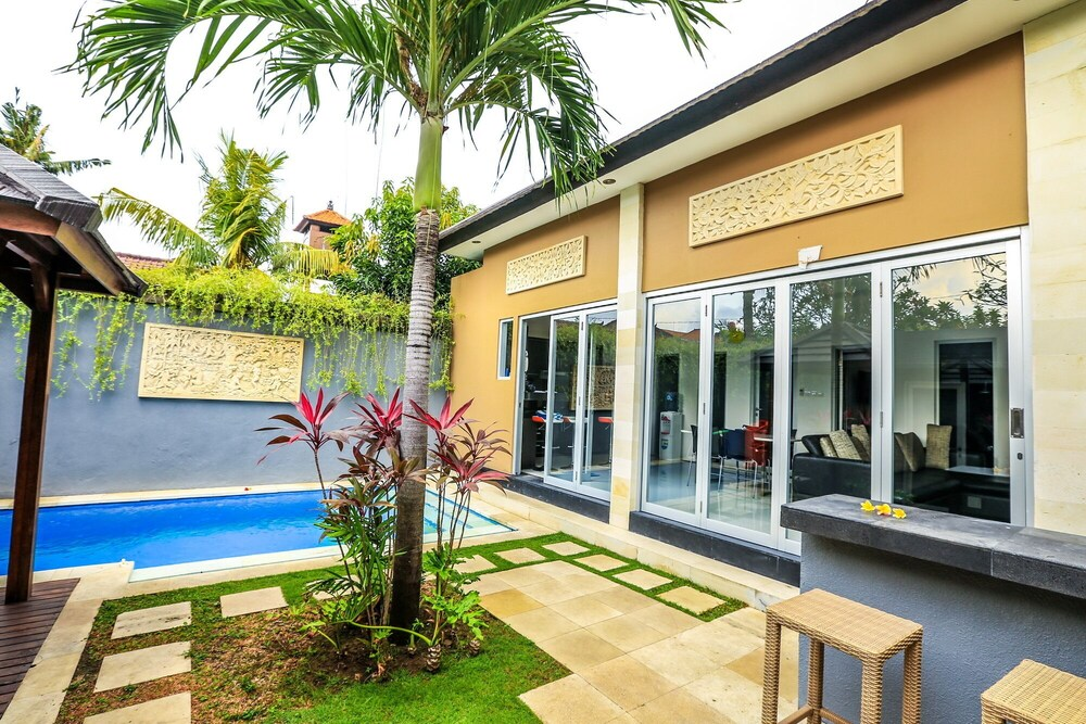 Villa Cinta Kelapa