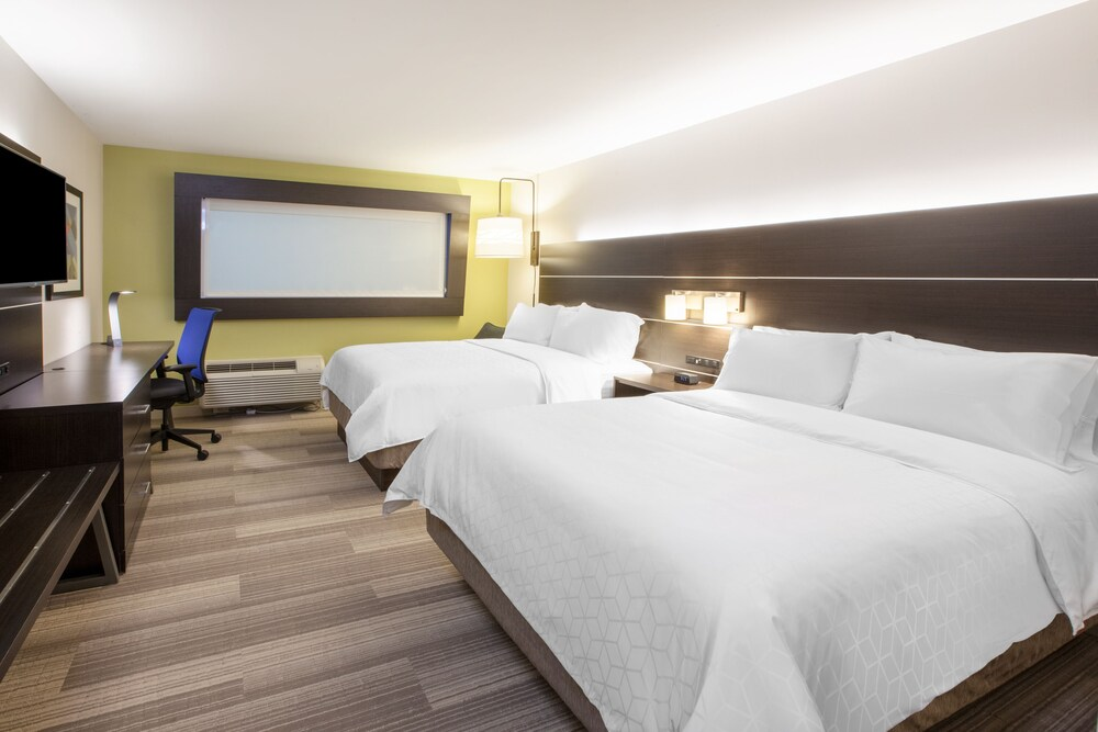 Gallery image of Holiday Inn Express Hotel & Suites Murray