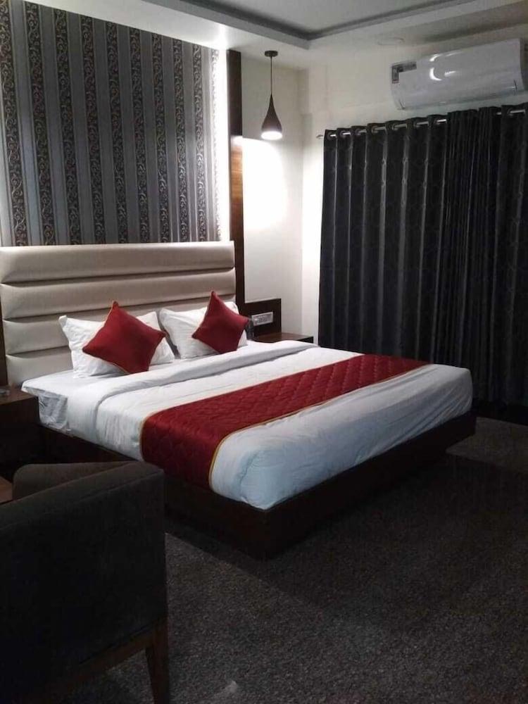 Prestige Stay Inn