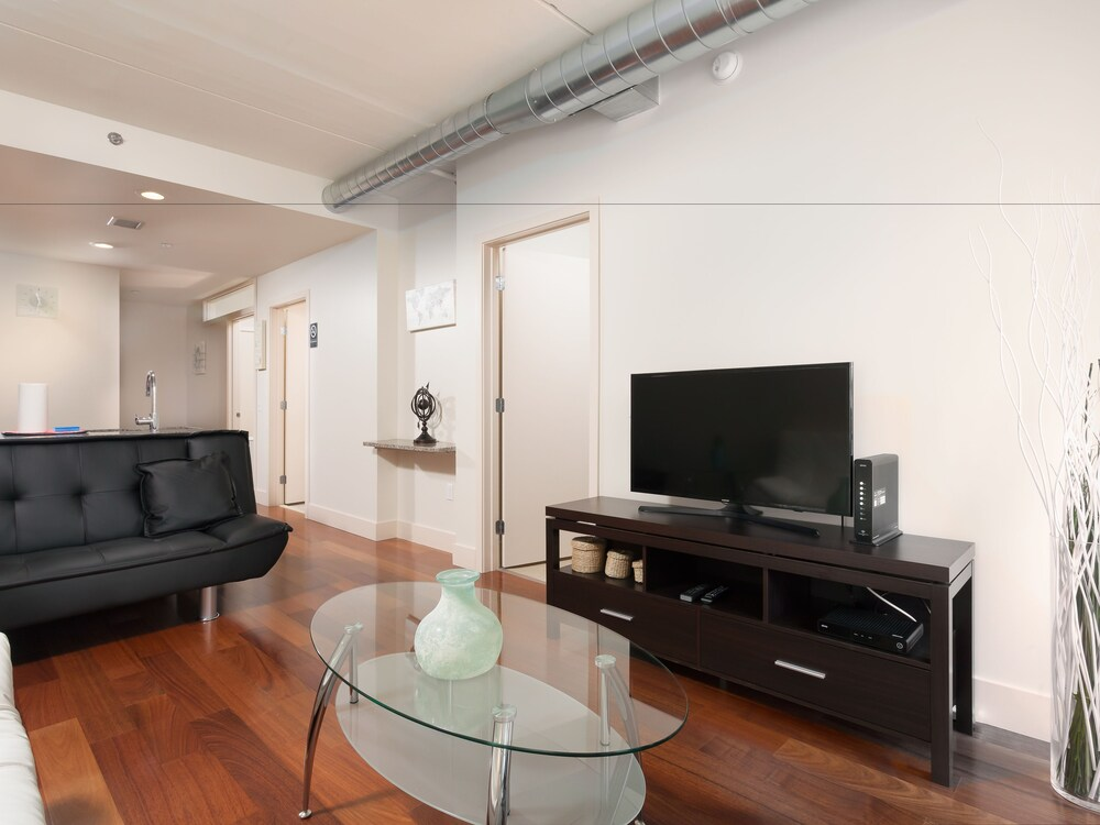Pelican Fully Furnished Apartments