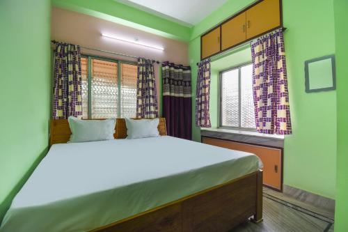 Spot On 49570 Sreema Guest House