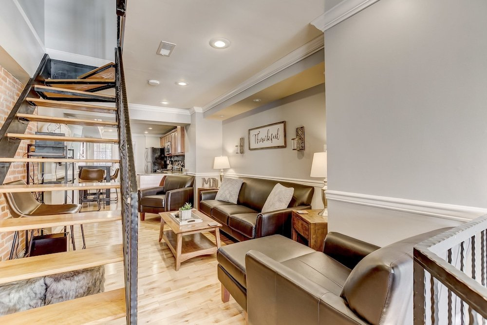 Upscale Home W rooftopdeck&parking Near Stadiums