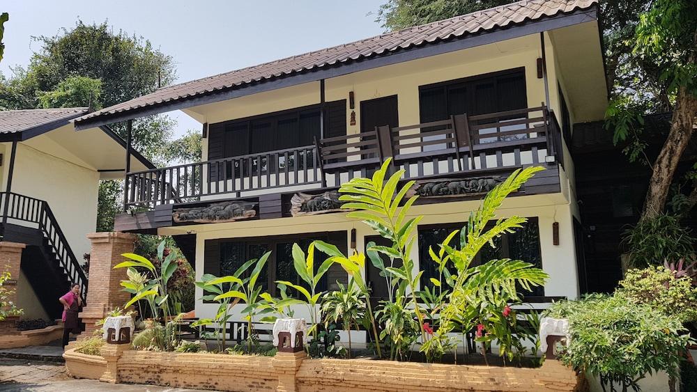 Sri Ping Resort