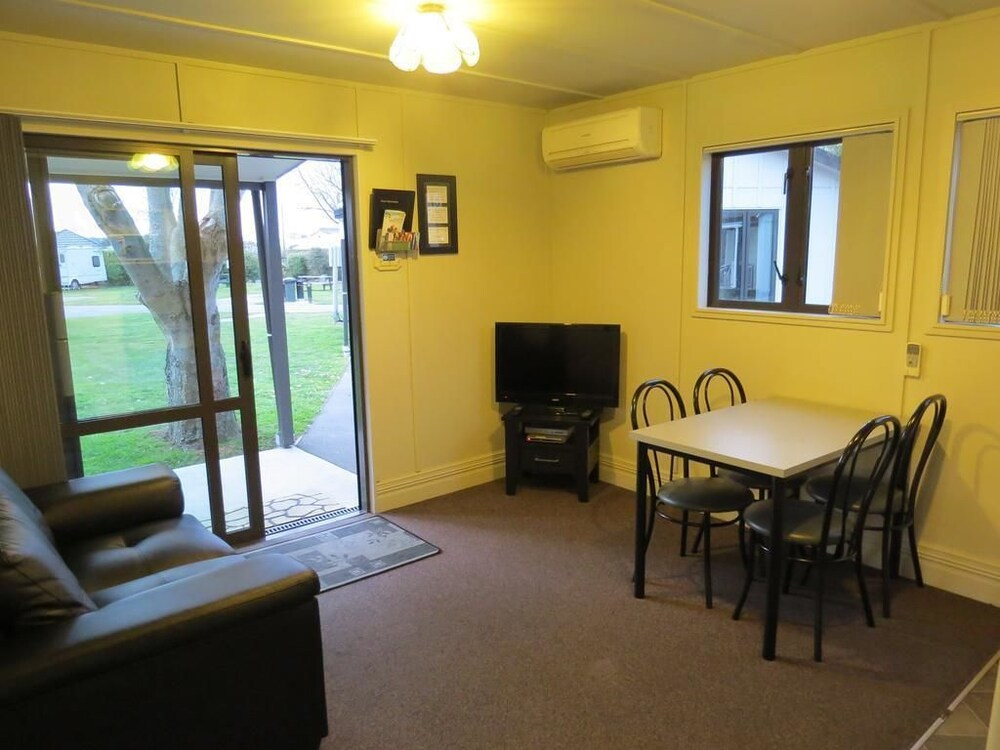 Christchurch Kiwi Holiday Park & Motels