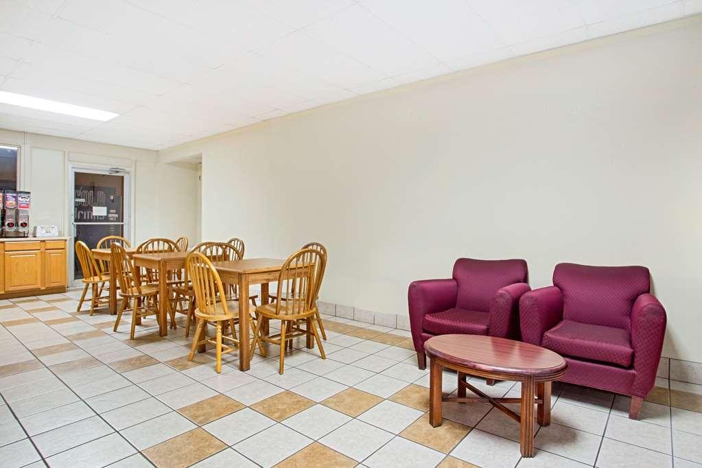 Gallery image of Days Inn by Wyndham Bristol Parkway