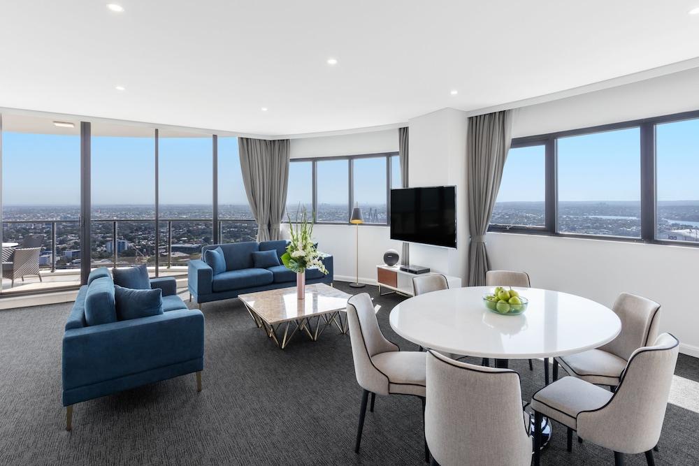 Meriton Suites Kent Street Sydney