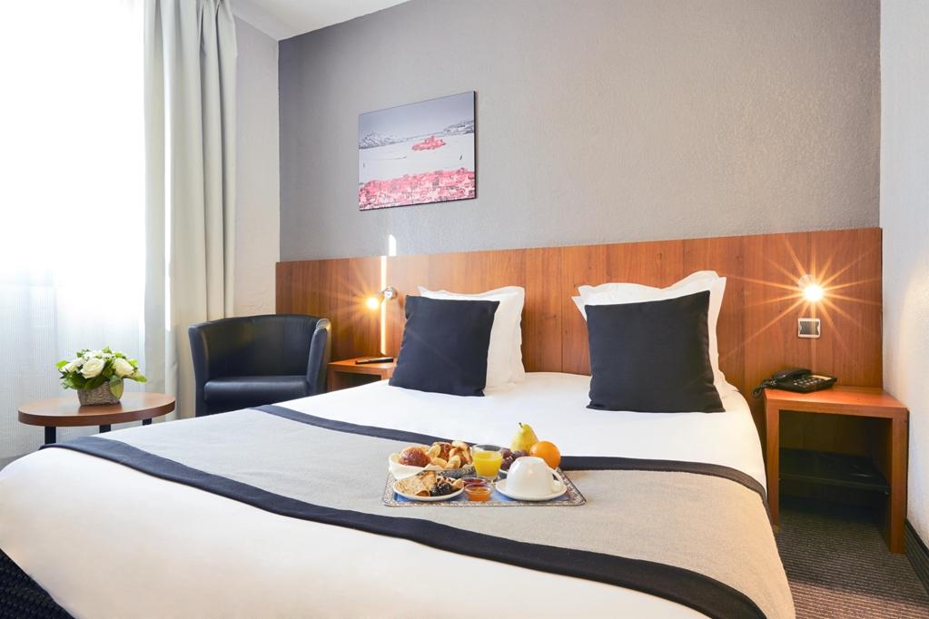 Hotel Kyriad Marseille Centre Paradis Prefecture