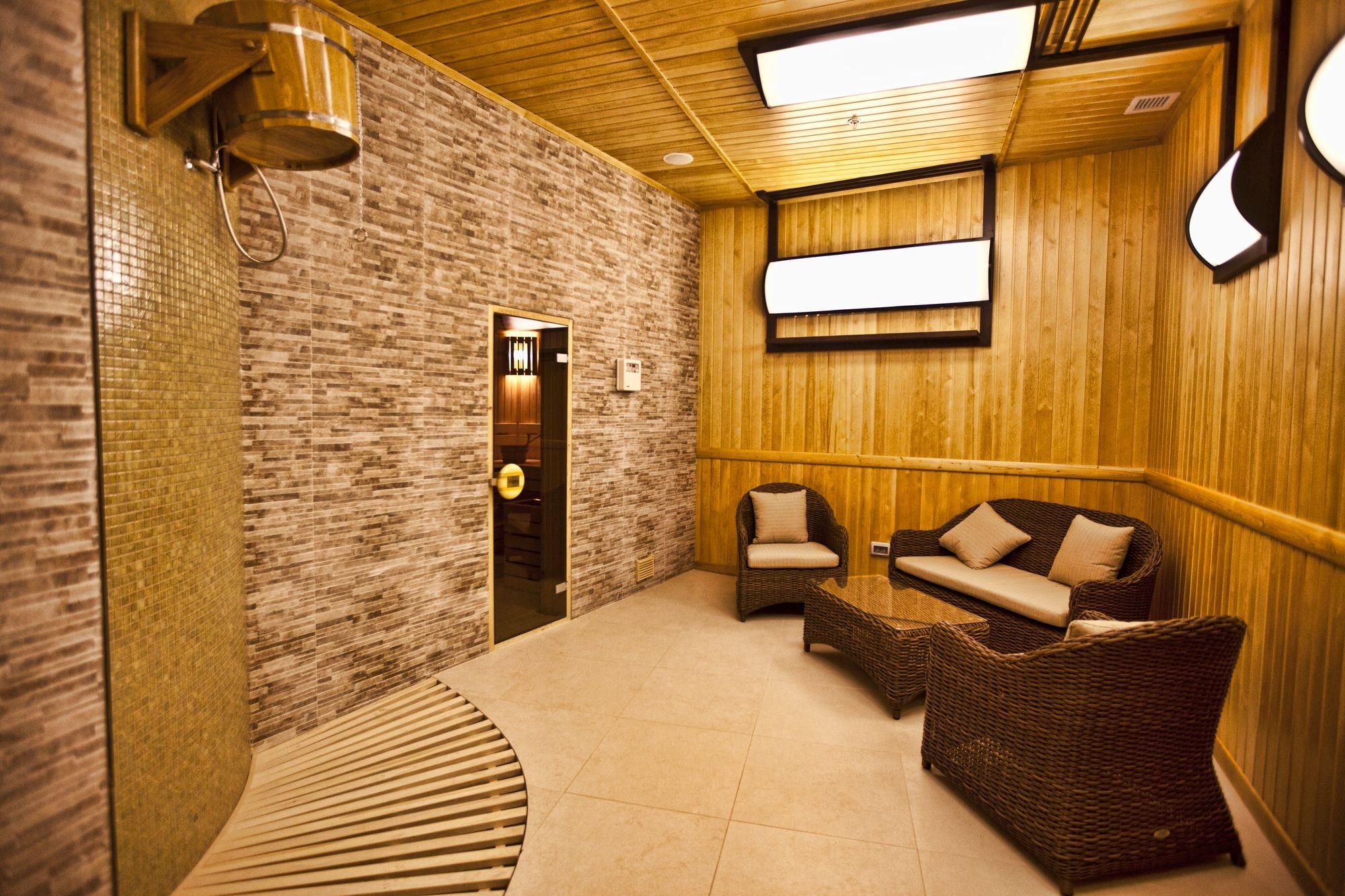 Multi Grand Pharaon Hotel Armenia Root Travel To Iran