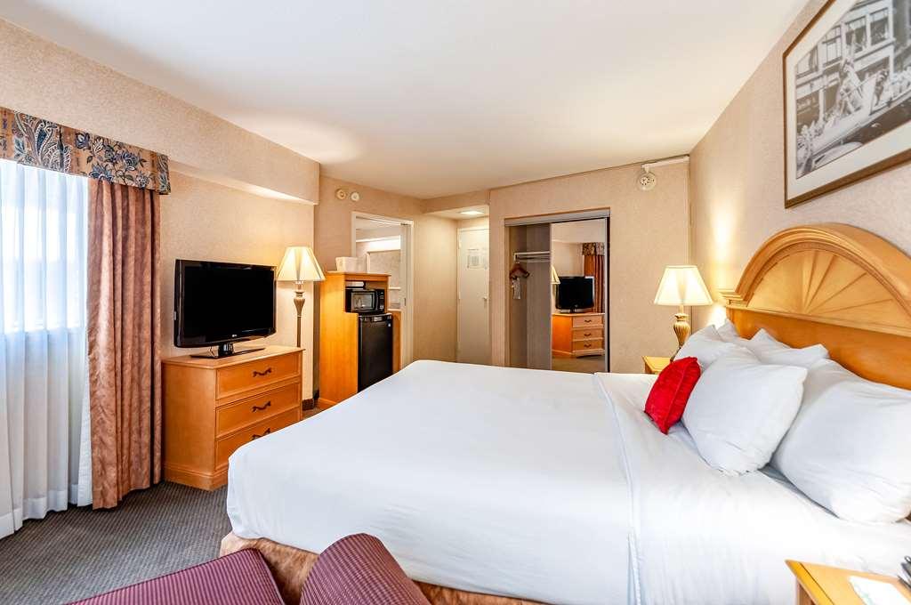 Gallery image of Red Lion Hotel Rosslyn Iwo Jima