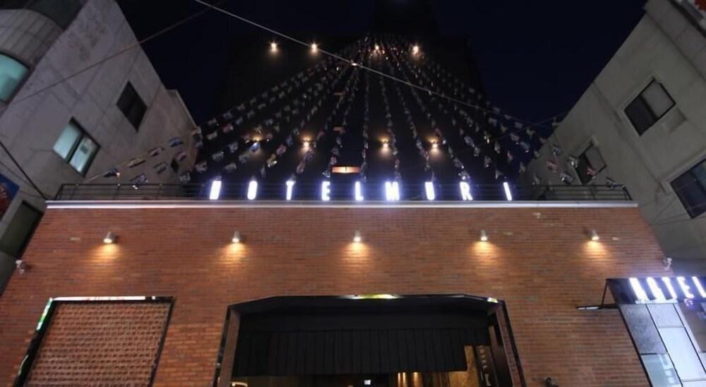 Muri Hotel