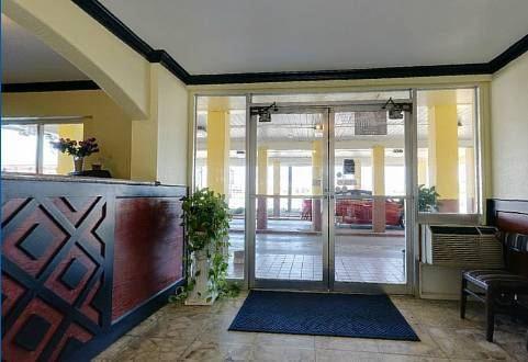 Gallery image of Americas Best Value Inn Arlington Dallas