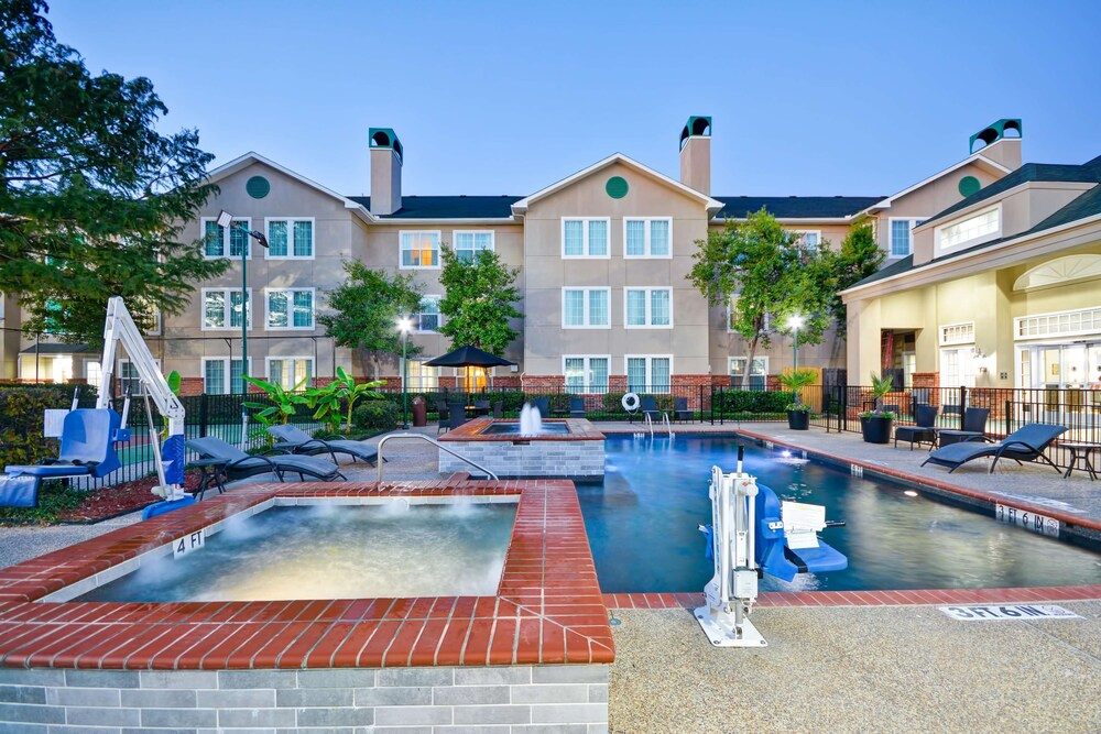 Homewood Suites By Hilton Dallas Lewisville