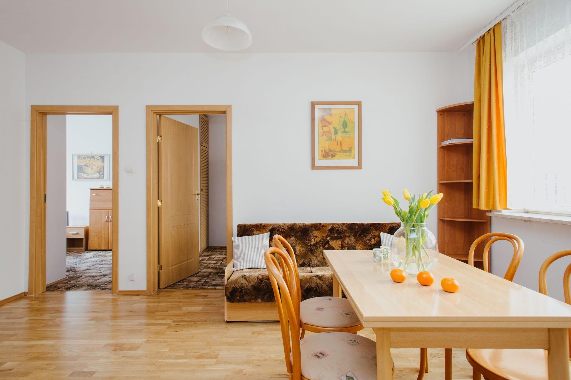 Krochmalna Apartment for 6