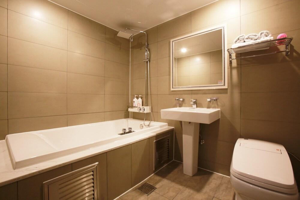 Gallery image of Hotel Lowa