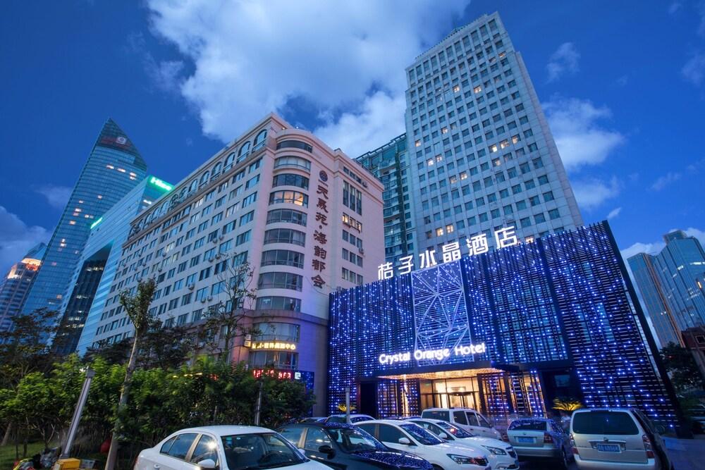 Orange Crystal Hotel Wusi Square Seaview