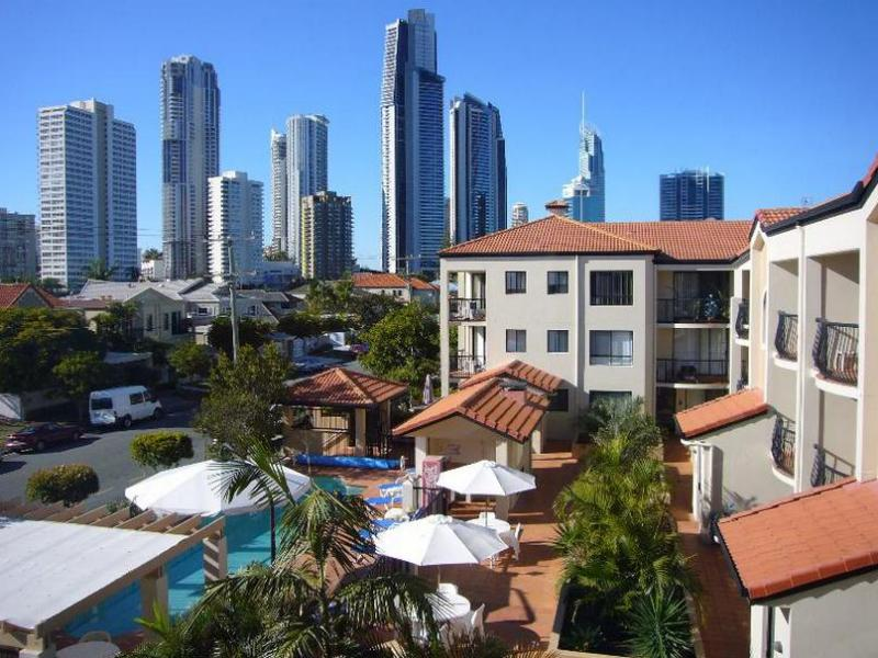 Chevron Palms Holiday Apartments