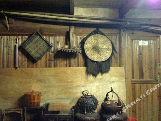 Gallery image of Wuyuan Xiaoqi Wangyuanheng Laoshi Gujing Yizhan