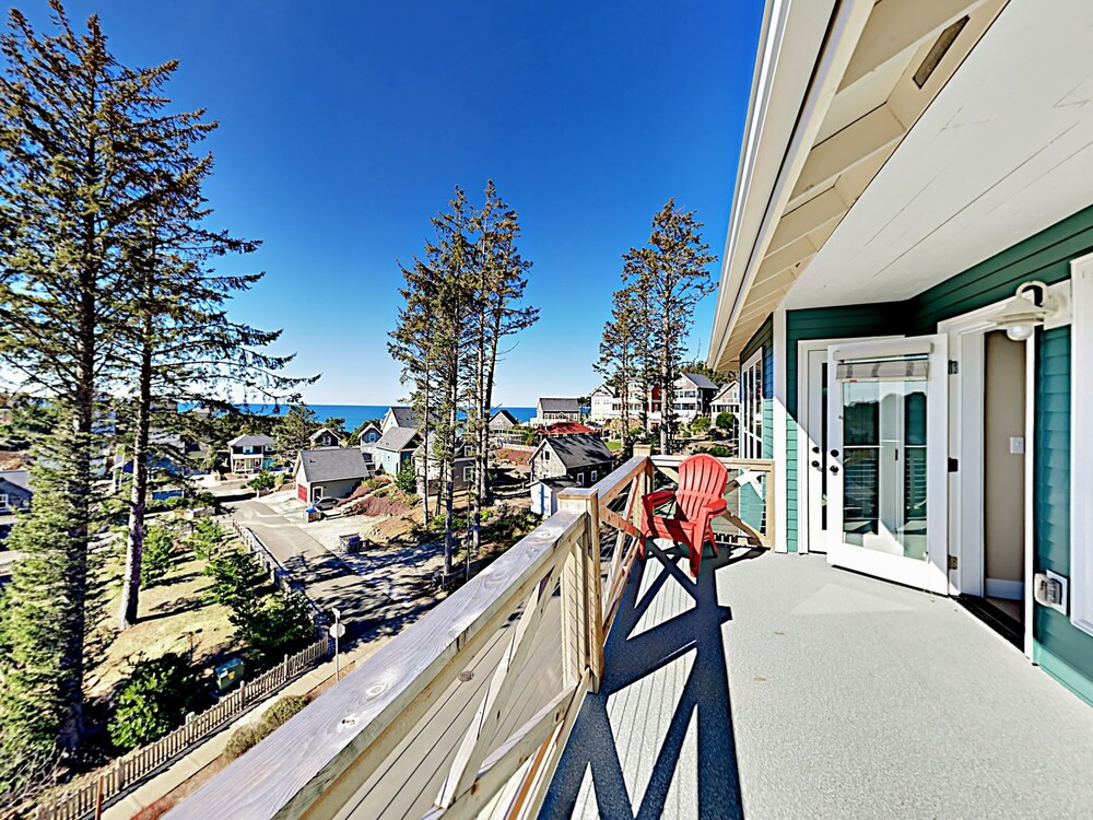 2539 Lincoln City 3 Br Home