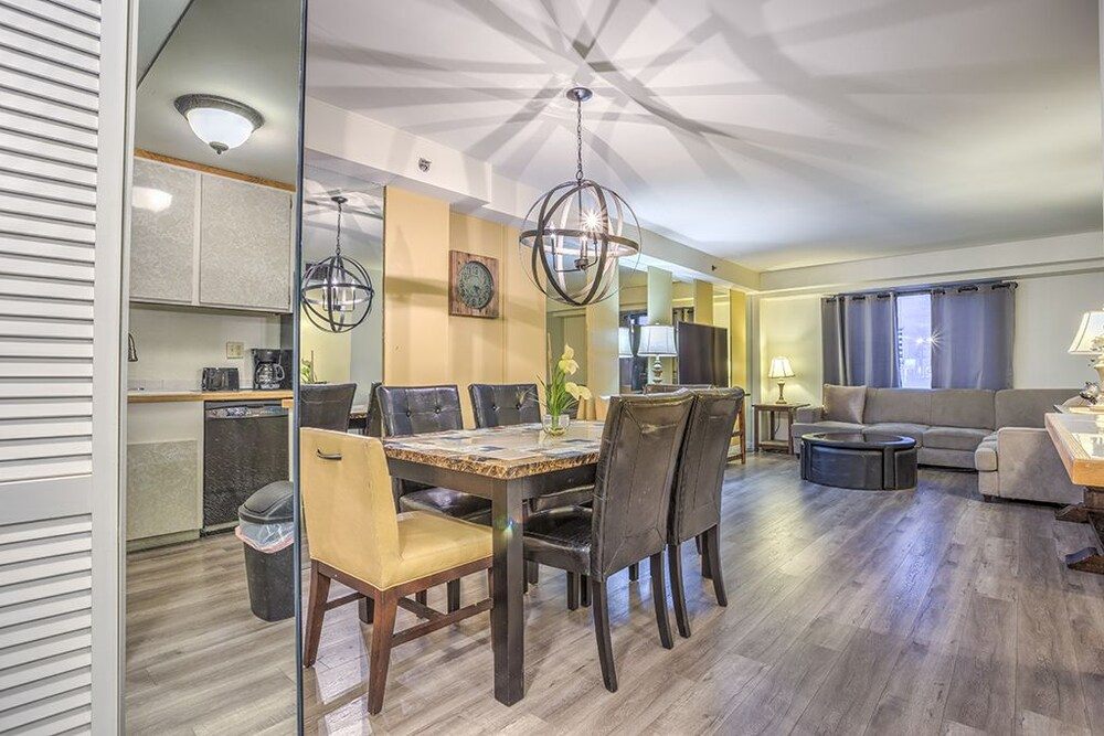 2BD2B Apartment Stay Together Suites 976