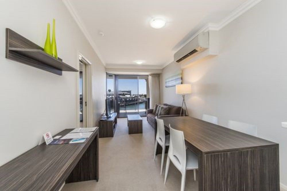 Gallery image of Dolphin Quay Apartments