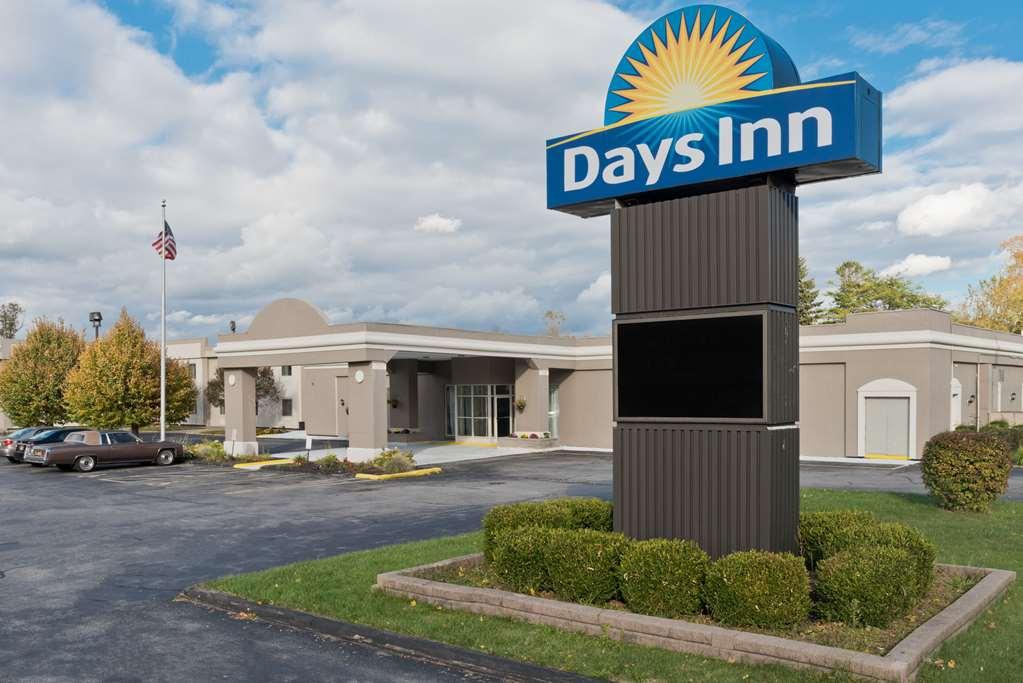 Gallery image of Days Inn by Wyndham Batavia Darien Lake Theme Park