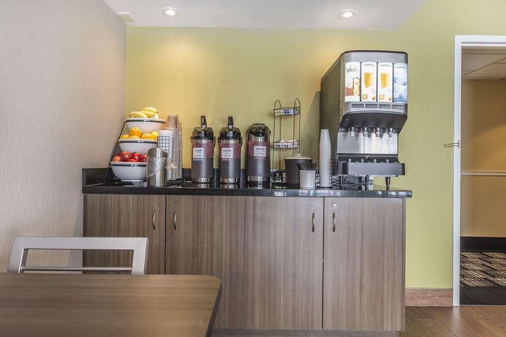 Gallery image of Comfort Inn Belleville