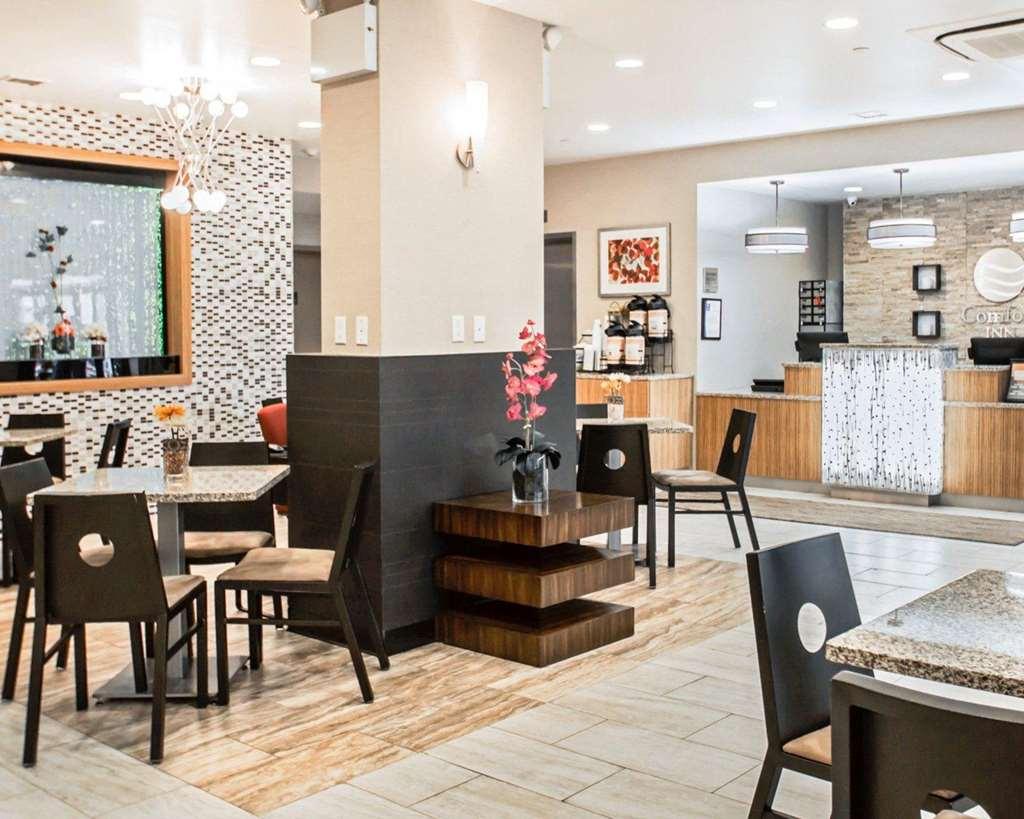 Gallery image of Comfort Inn Midtown West