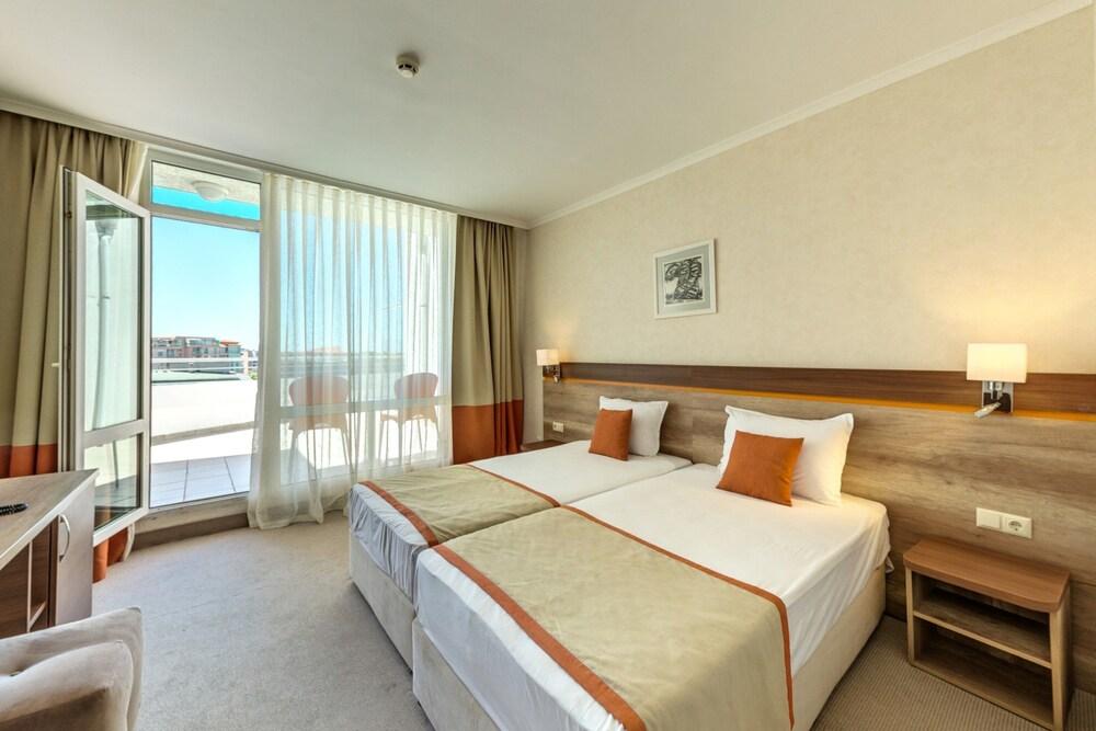 Gallery image of Festa Panorama Hotel