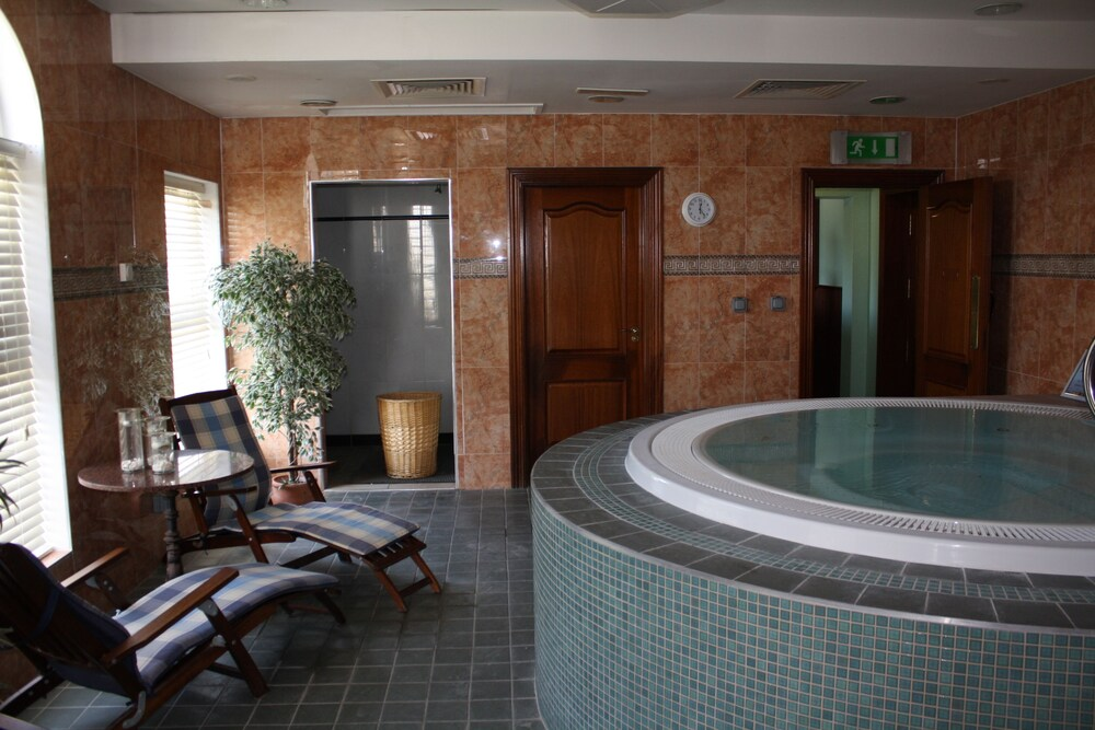 Gallery image of Sandhouse Hotel
