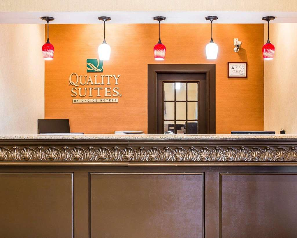 Gallery image of Quality Suites