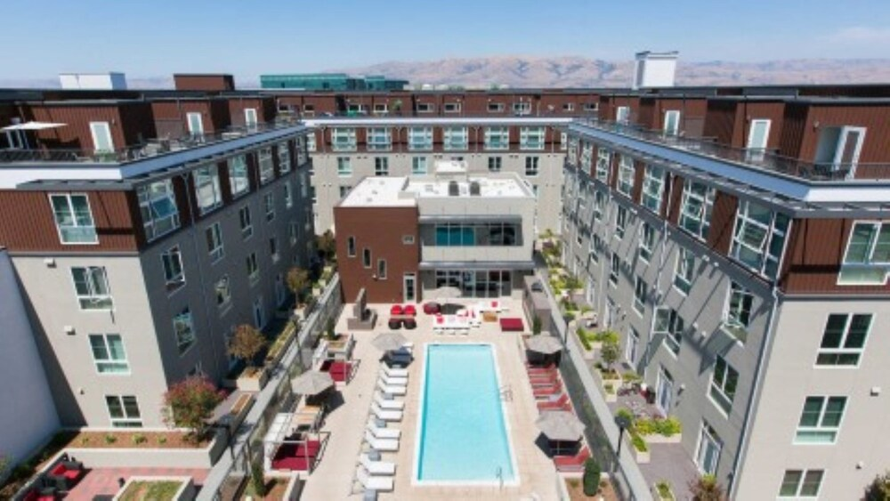 Global Luxury Suites In The Heart Of Silicon Valley