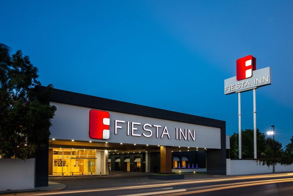 Gallery image of Fiesta Inn San Luis Potosi Glorieta Juarez