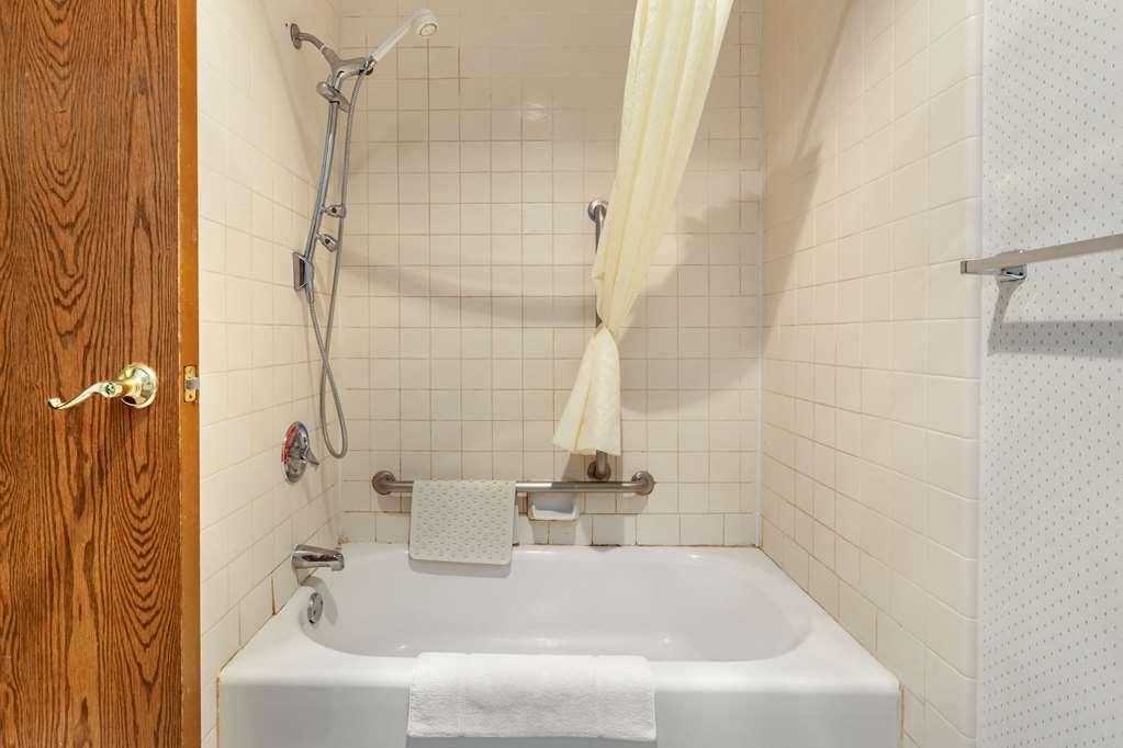 Gallery image of Econo Lodge Rothschild