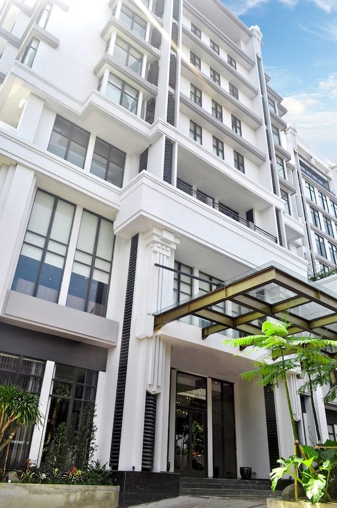 Goodrich Suites Jakarta Artotel Portfolio