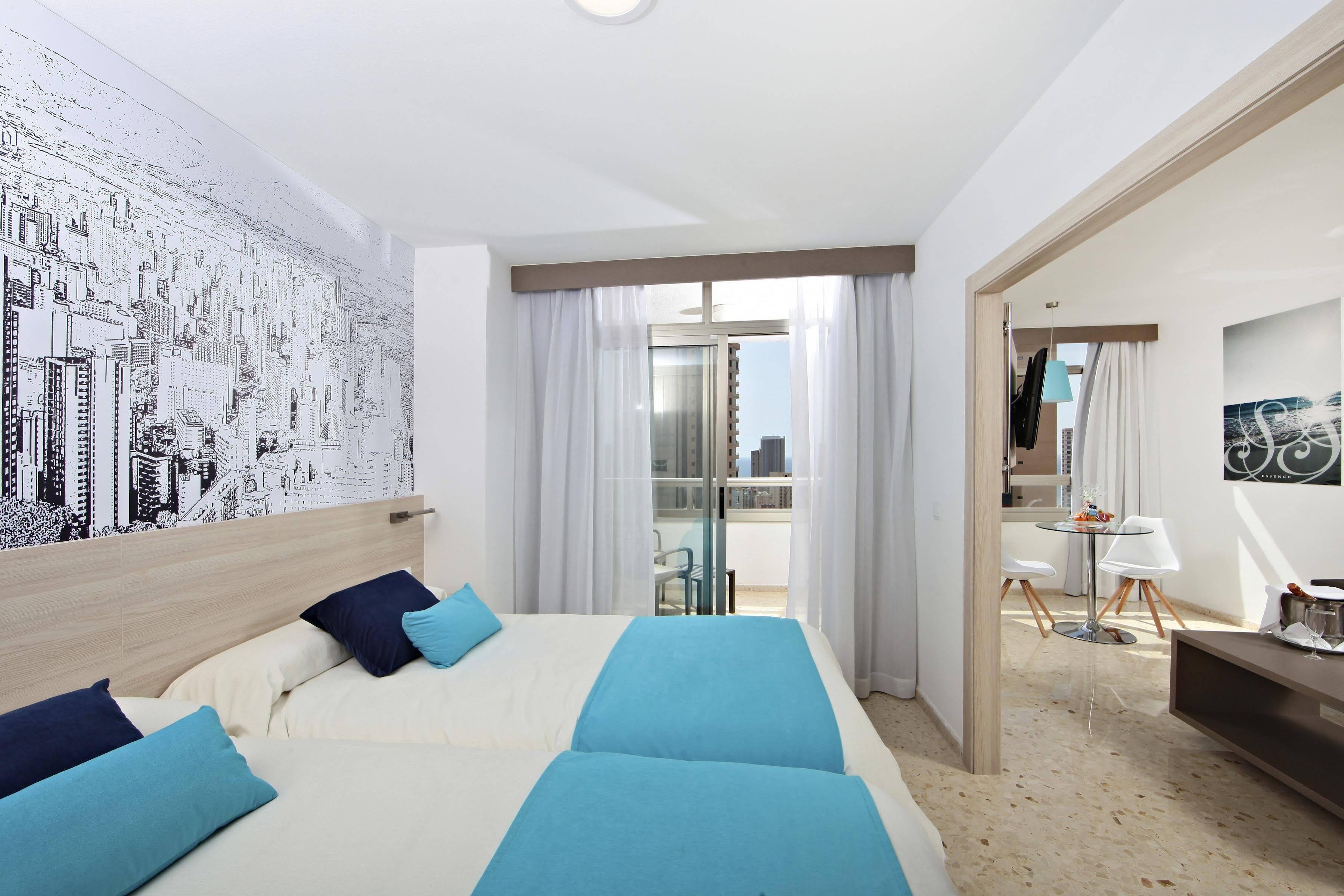 Hotel Flamingo Beach Resort, Benidorm - SolBooking Hoteles de playa ...