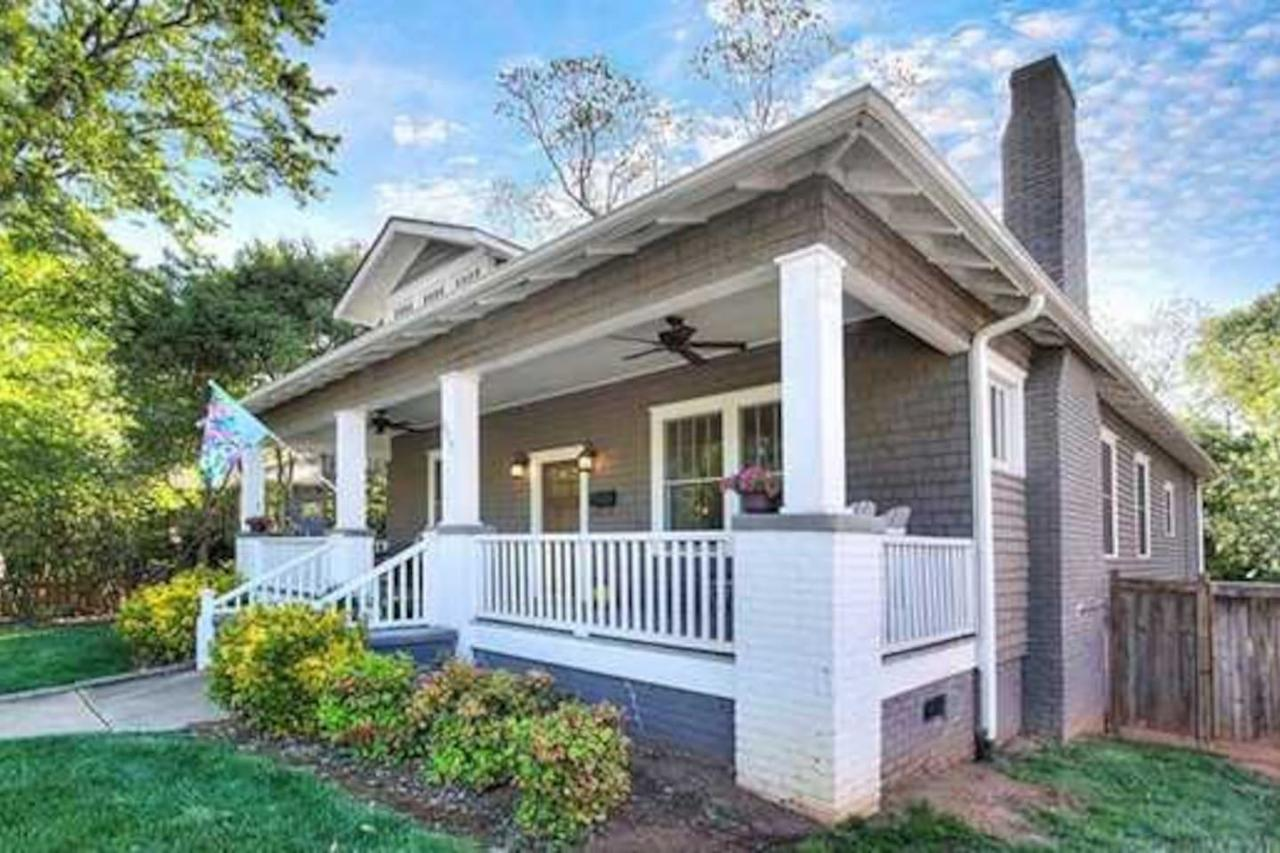 Charming home Historic district Walk to the city