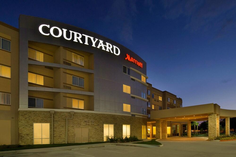 Courtyard by Marriott Houston NW 290 Corridor