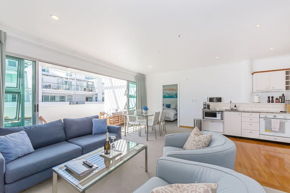 Elegant 2BR Princes Wharf Apartment