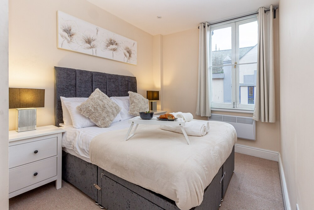 Worcester City Centre Apartments 2 Bedrooms