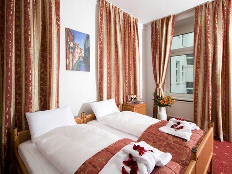 City 54 Hotel And Hostel (سیتی ۵۴ هتل اند هاستل) Room