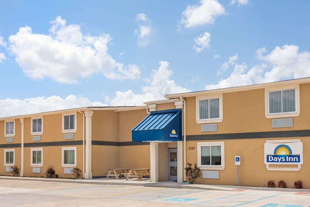 Days Inn by Wyndham New Orleans Pontchartrain