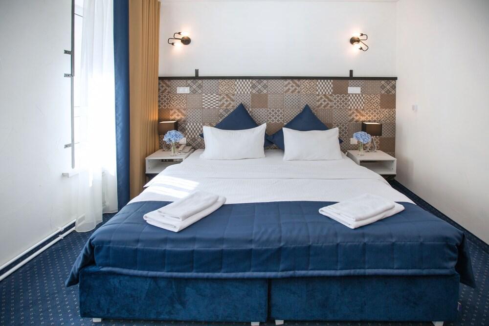 Apart Hotel Naumov