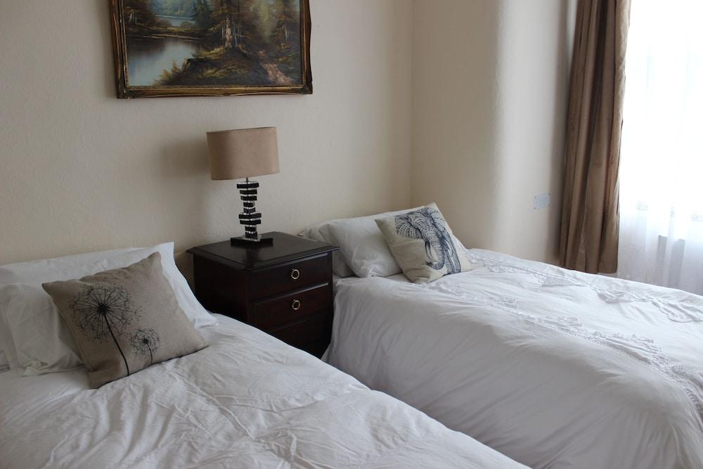 ADVO Aparts Guest Hotel Leeds